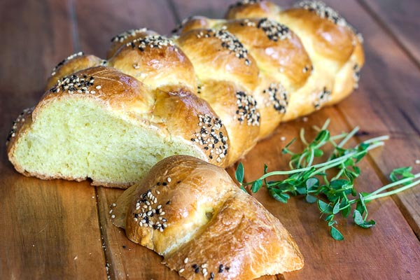 Challah, classic Jewish braided bread recipe | BakingGlory.com #recipe #bread #baking
