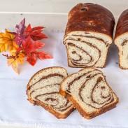 Walnut Sweet Bread (Cozonac cu Nuca)