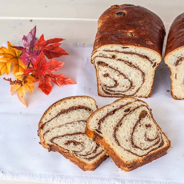 Walnut sweet bread, the best Christmas Romanian recipe