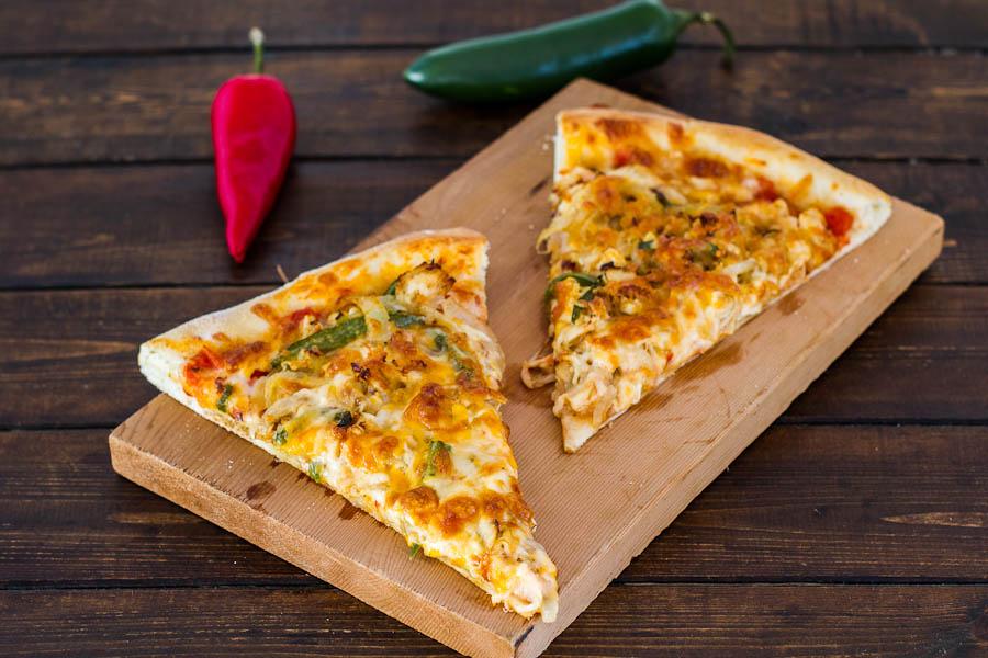 Chicken Fajita Pizza | BakingGlory.com