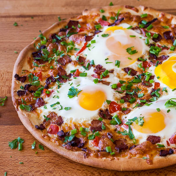 Breakfast Pizza | BakingGlory.com