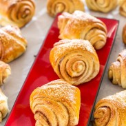 Cardamom cinnamon rolls, a North American version of delicious Finnish Pulla | BakingGLory.com #breads #breakfast #rolls