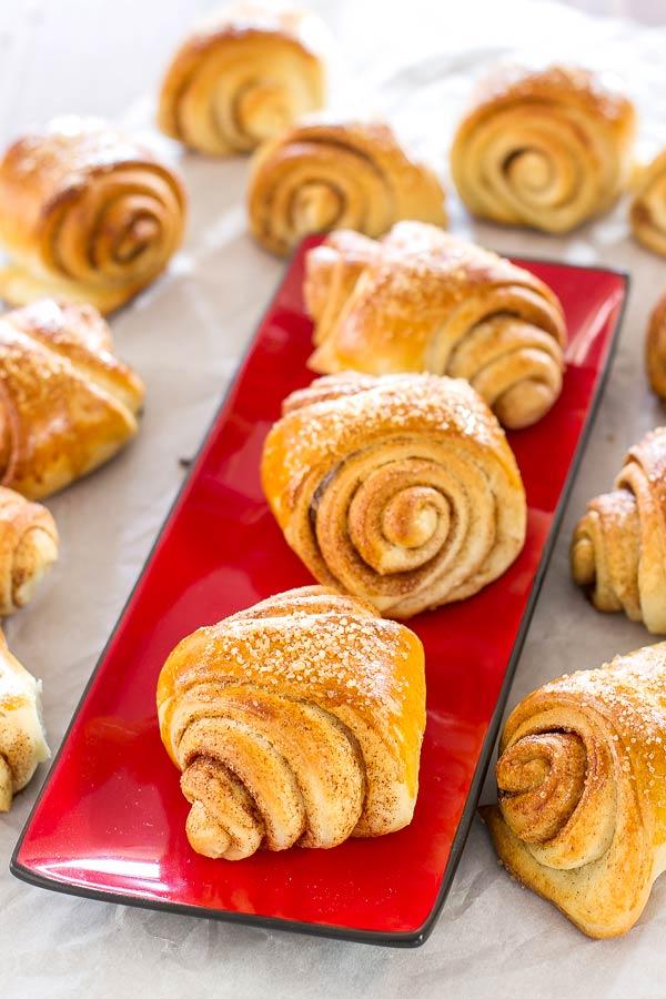 Cardamom cinnamon rolls, a North American version of delicious Finnish Pulla   BakingGLory.com #breads #breakfast #rolls